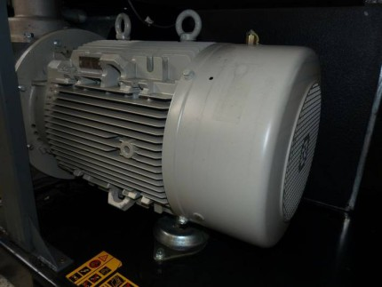 Atlas-Copco-GA-90-VSD-005661-800x600-8.jpg